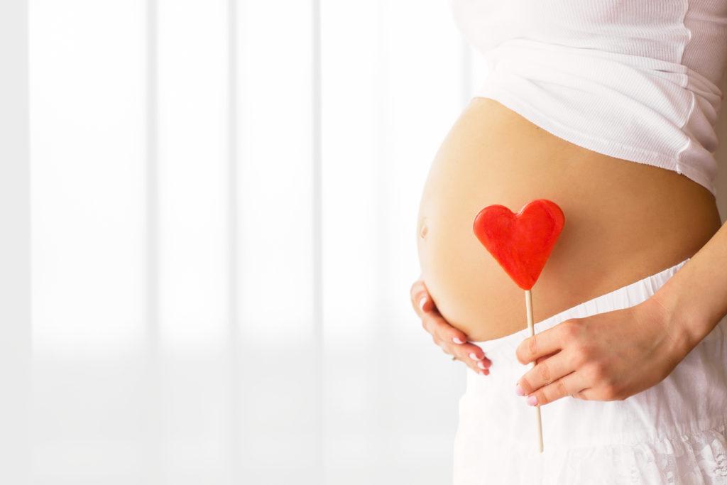 Le Coronavirus peut-il être dangereux pour les femmes enceintes et les nouveaux-nés ?