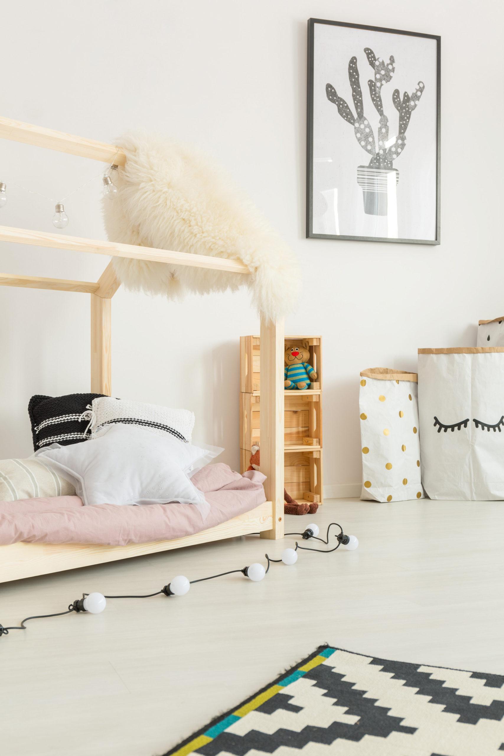 Lit cabane pour chambre enfant