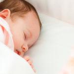 Quel âge pour un lit Montessori bébé